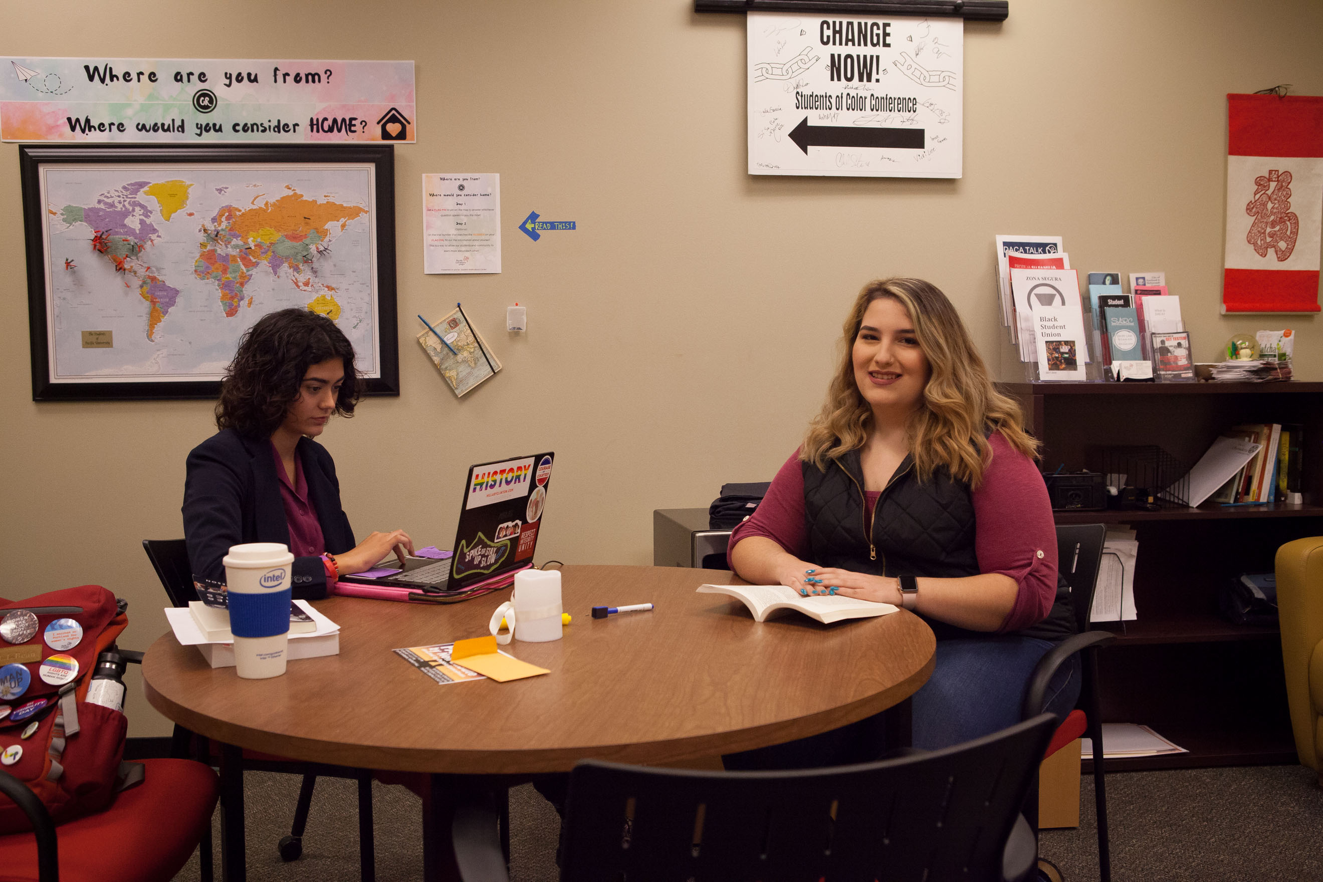 Sophia O'Neal '20 and Leeahamae Vazquez '18 study in the Student Multicultural Center.