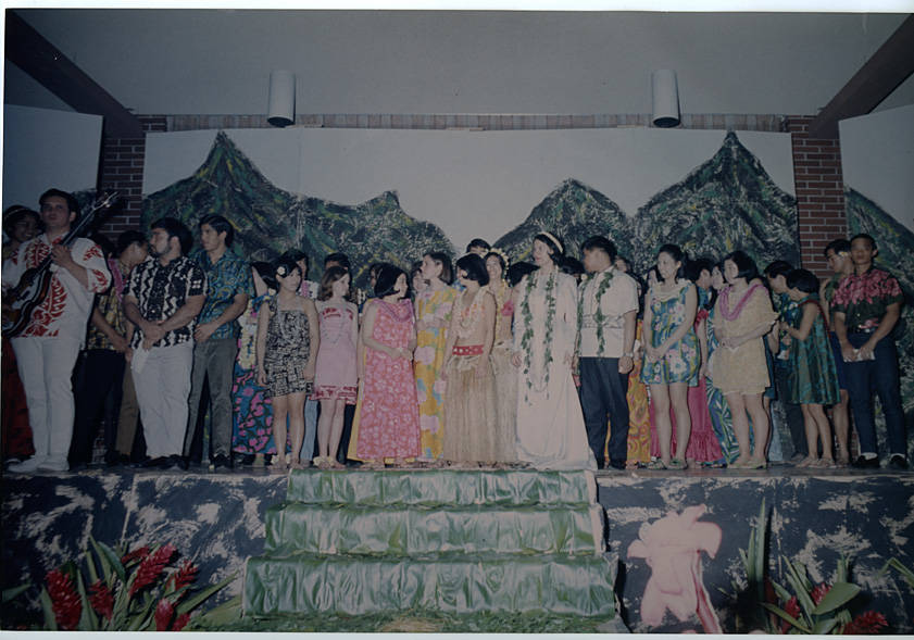 Students in the Lu'au in 1960.