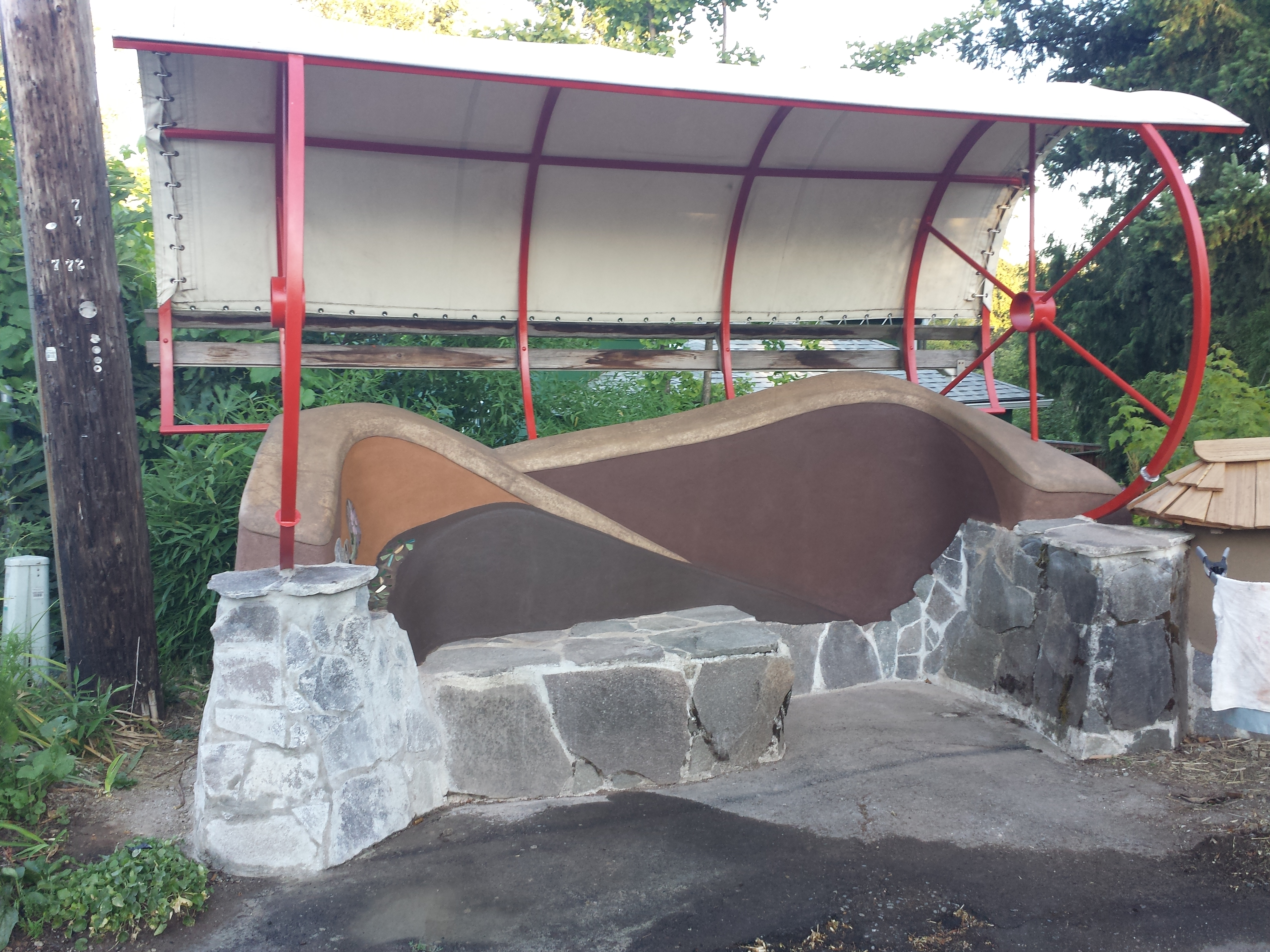 """Bus Bench, Oregon City 