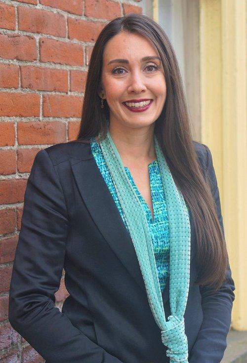 Jennifer Baker '00 Named President of the Columbia River