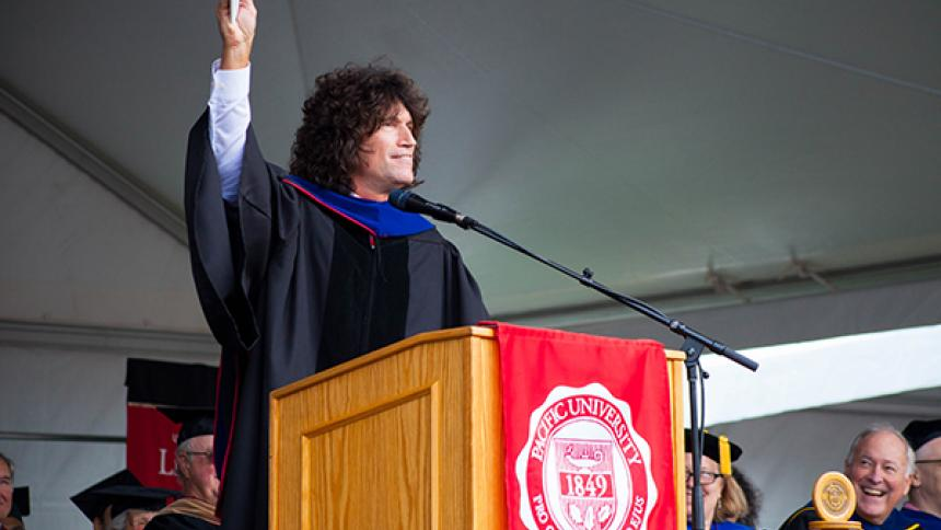 Tommy Thayer Speaks at Commencement
