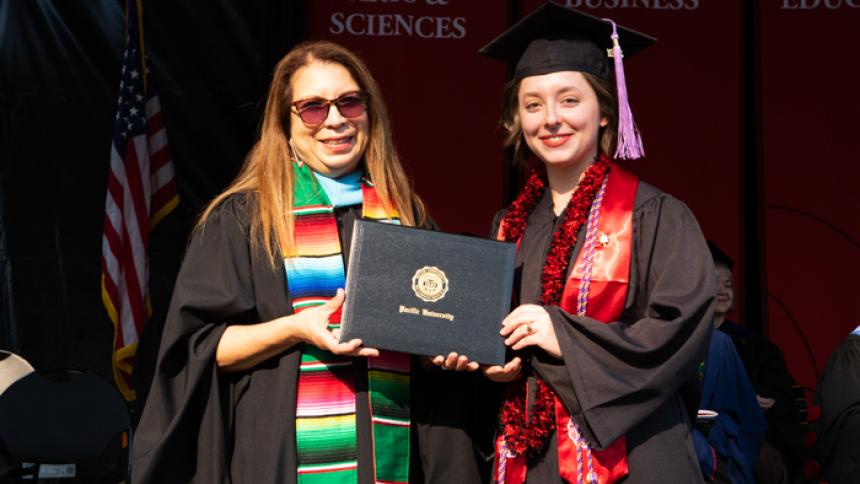 Adair Pardi receives award at August commencement