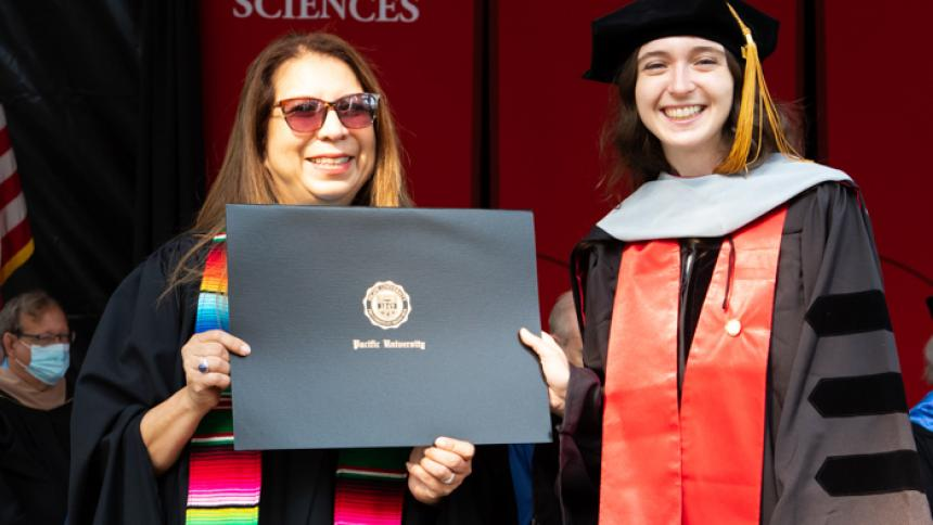 Willow Hagan receives award at August commencement