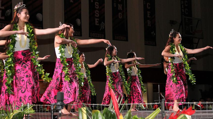 female dancers at luau