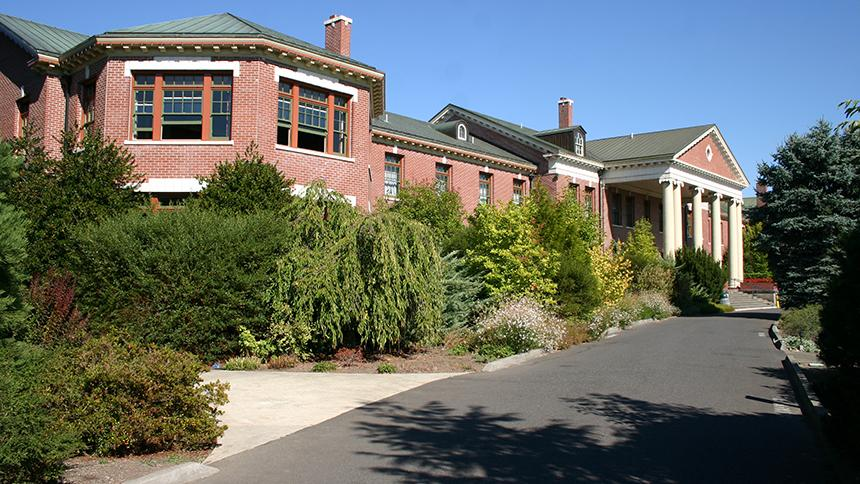 McMenamins Grand Lodge