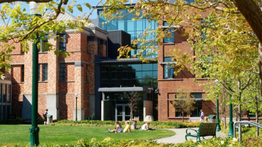 Photo of University of Oregon campus
