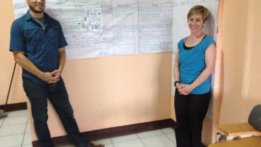Dr. Timothy Valenti (class of 2016) and Dr. Rebecca Reisch in Jinotepe, Nicaragua.
