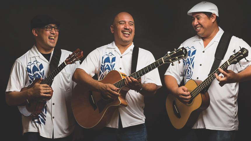 3 musicians performing in the group Waipuna