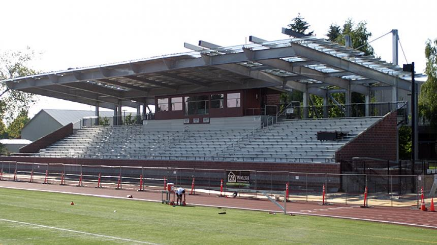 Hanson Stadium Roof Construction as of Aug. 19, 2014